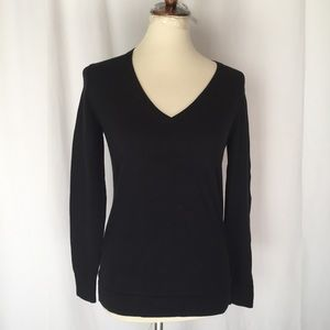 j.crew V neck pullover sweater long sleeve small